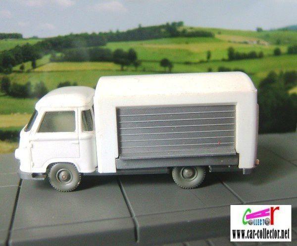 petit-camion-de-livraison-mod-le-inconnu