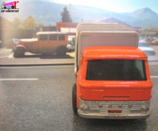 refuse-truck-matchbox-camion-poubelles (2)