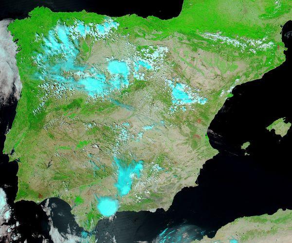 Aqua - Modis - Incendies Catalogne - Espagne - 25-07-2012 -