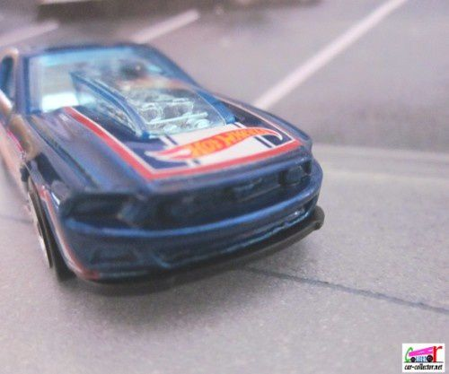 13-ford-mustang-gt-racing-2013.106 (2)