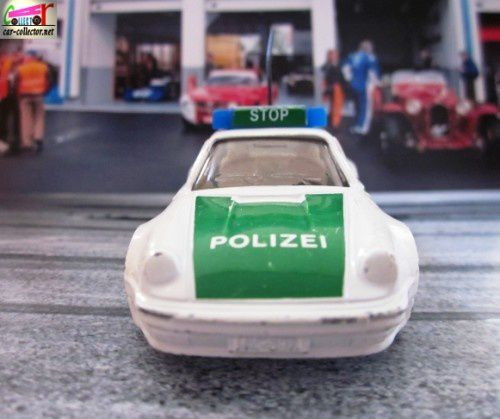 porsche-911-turbo-polizei-siku-germany