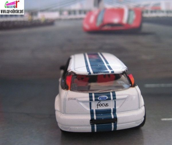 ford focus wrc action city realtoy 3 inches (7)