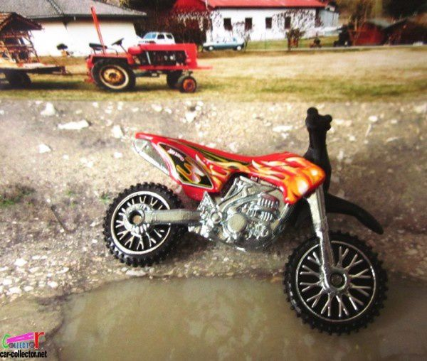 hw450f-moto-de-cross-5pk-down-&-dirty-2010