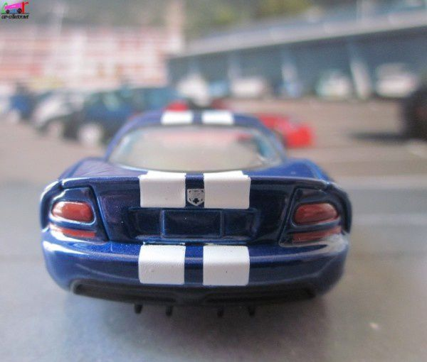 dodge-viper-super-bolides-hachette-collections