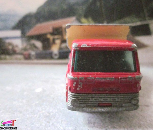 grit-spreading-truck-matchbox-lesney