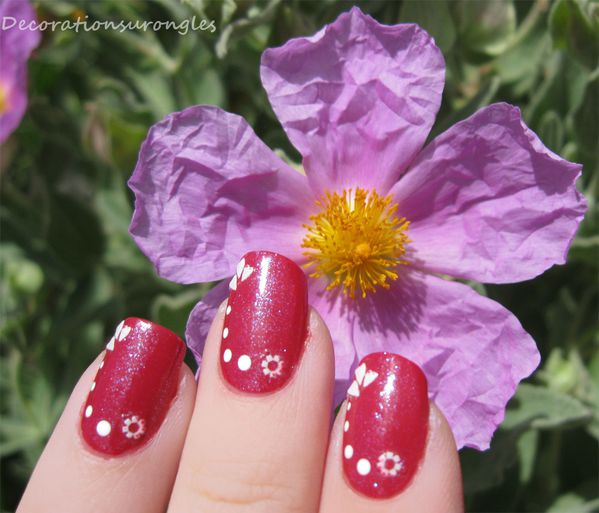 decorations-pois-nail-art.jpg