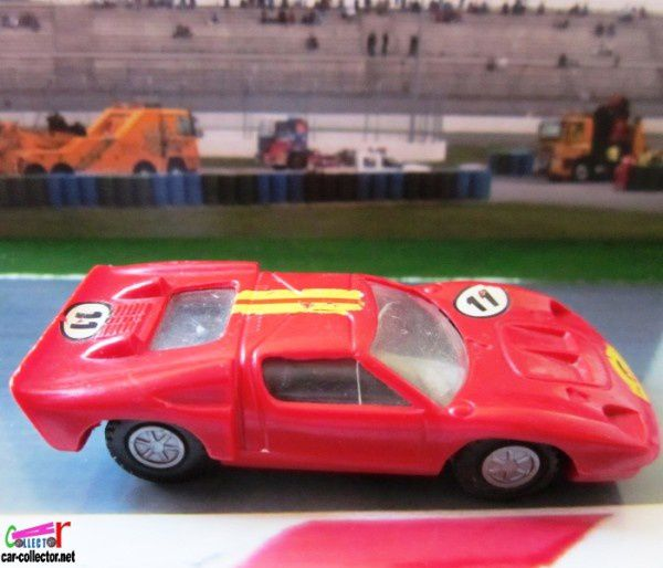ford-mkII-voiture-de-course-champion-france (3)