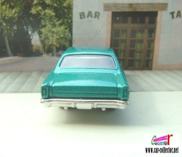 66-ford-fairlane-gt-2009.031-hw-premiere--2-