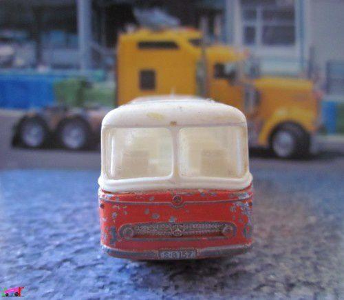 bus-mercedes-coach-matchbox-lesney-autobus-coach-a-copie-1