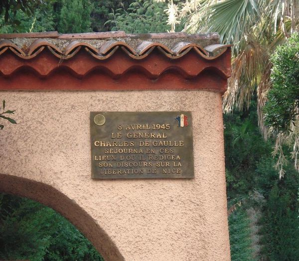 Plaque-commemorative.JPG