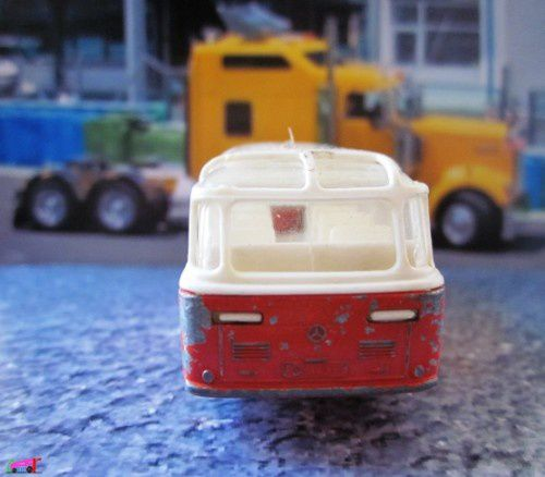bus-mercedes-coach-matchbox-lesney-autobus-coach-a-copie-2