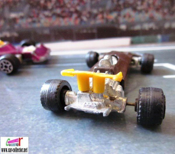 F1 ford john surtees barlux serie flash (2)