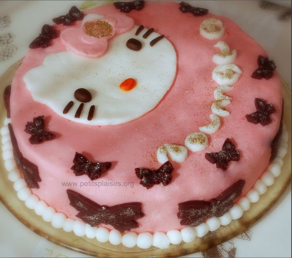 Hello KITTY gateau