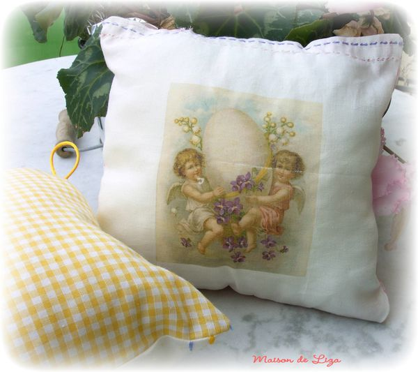 coussin-paques-1.JPG