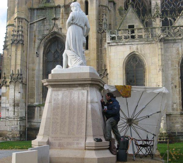 11 novembre 2010 Dreux monument morts restauration vue en