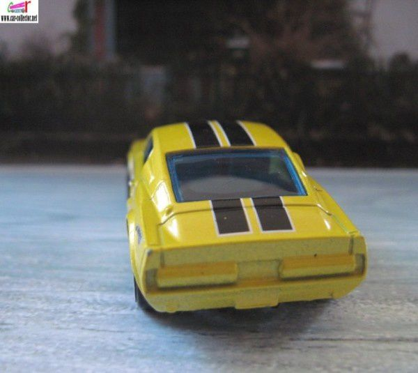 67 ford shelby gt500 model 2008 (1)