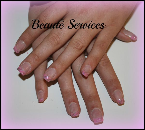 Ongles En Gel French Rose Tropic Beaute Sercices