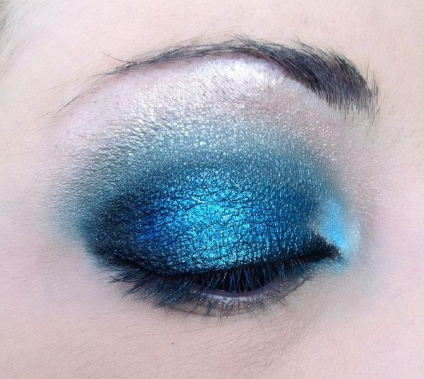 makeup-totally-blue 3279