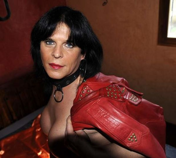 plan q gay marseille exhibitionniste paris