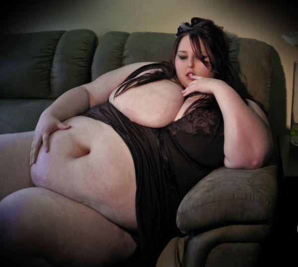SSBBW---Big-Belly-008.jpg