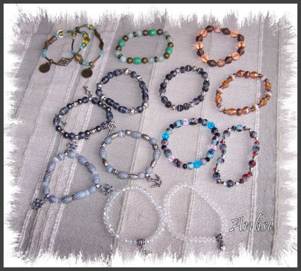 2012_11-15_bracelets-elastique-petites-perles.jpg