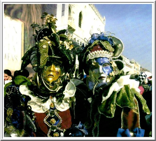 http://img.over-blog.com/600x542/5/05/88/06/divers-images-net/carnaval--5003.jpg