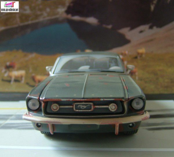 ford mustang 67 old friends maisto (1)