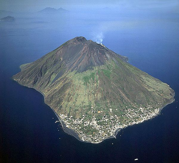 stromboli_b-edmayer_01-copie.jpg