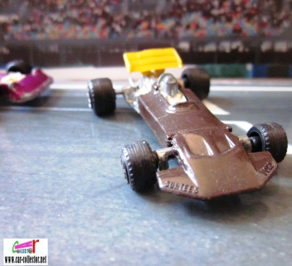 F1 ford john surtees barlux serie flash (3)