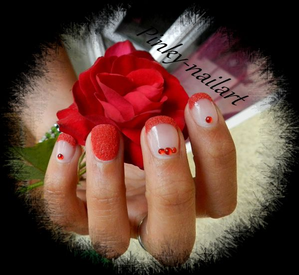 nailart-sable-rouge1.jpg