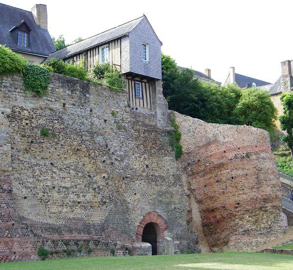 1043 Enceinte Romaine, Tour et poterne du Tunnel, 3rd Centu