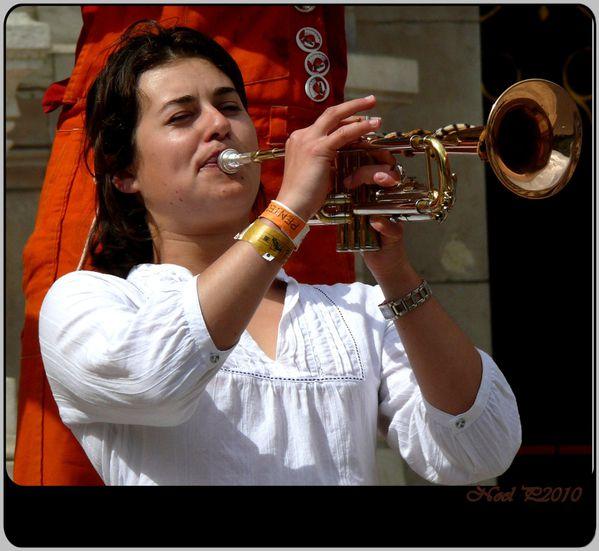 Trompette girl