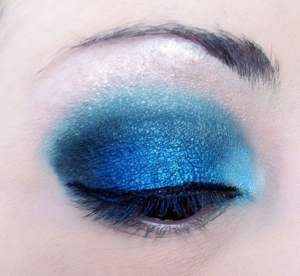 makeup-totally-blue 3277