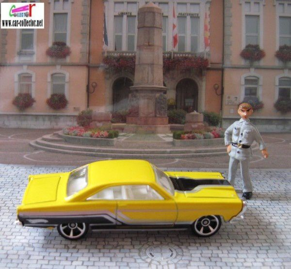 65-ford-fairlane-gt-yellow-hot-wheels-pack-3-2010--1-