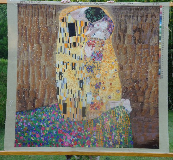 tapisserie le baiser de klimt le jardin de la brodeuse. Black Bedroom Furniture Sets. Home Design Ideas