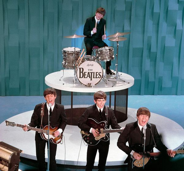 beatles-con-ed-sullivan-64-copia-1.jpg