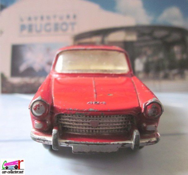 peugeot-404-toit-ouvrant-dinky-toys-meccano-france (2)