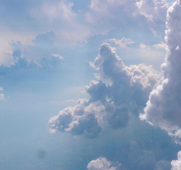 nuages-prise-de-vue-avion-zone-turbulence-010.JPG