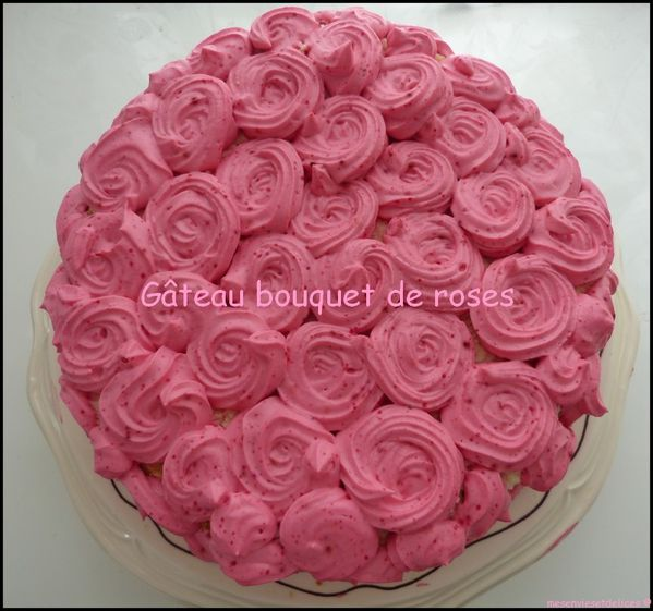 gateau-bouquet-de-roses-entier.jpg