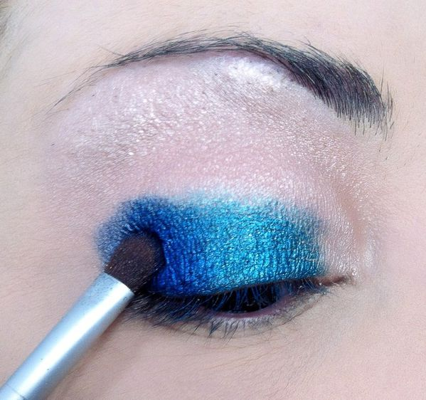 makeup-totally-blue 3268