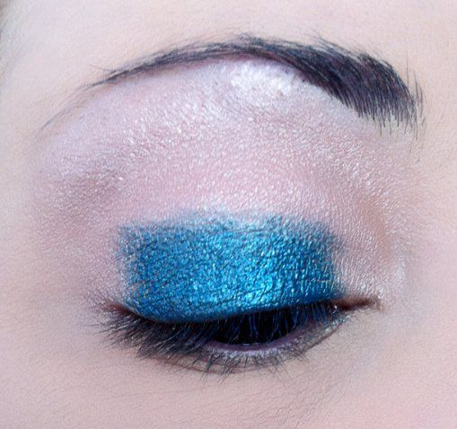 makeup-totally-blue 3266.PNG
