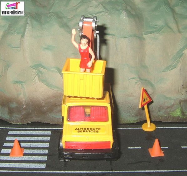 lamp maintenance mercedes unimog matchbox super kings