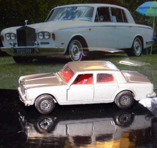 Matchbox Rolls Royce Silver Shadow 1979 Aston Martin