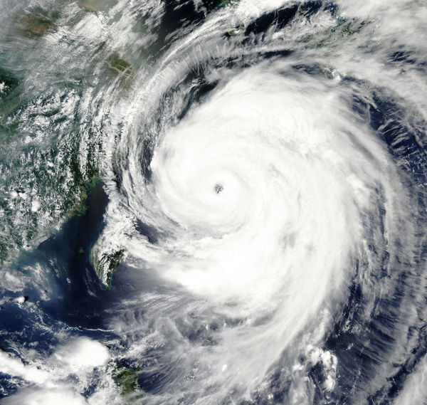 Aqua - MODIS - Typhoon Neoguri - Japan - 08-07-2014