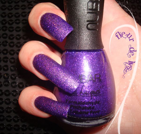 Vernis NUBAR violet ultra pailleté