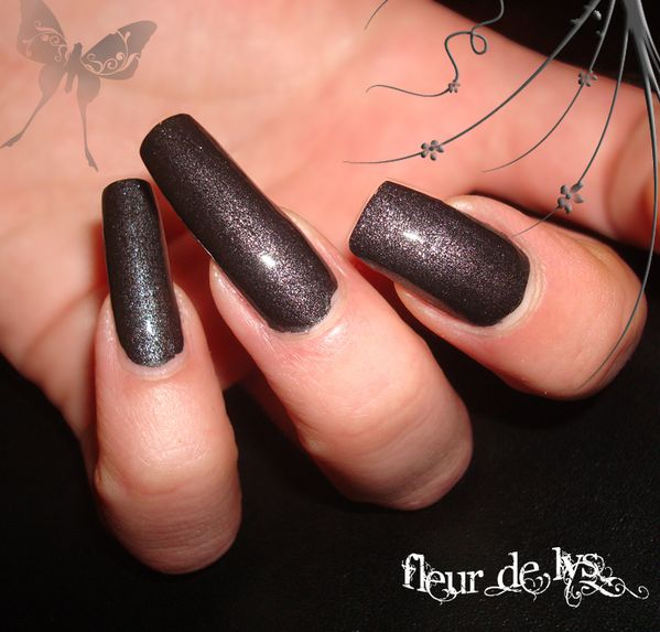 Orly Iron Butterfly ( avec top coat )