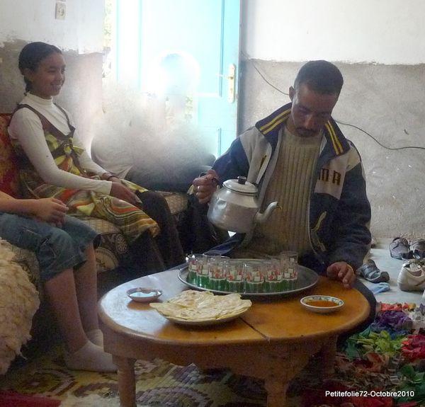 Maroc2010-crepes au miel (8)