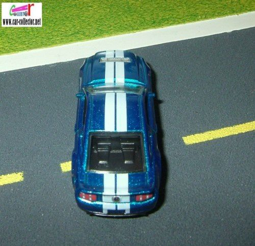 10-ford-shelby-gt500-2010.009-hw-premiere--4-