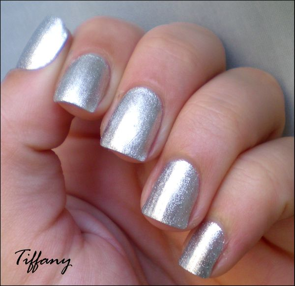Vernis a ongles argent for Miroir eclat silver