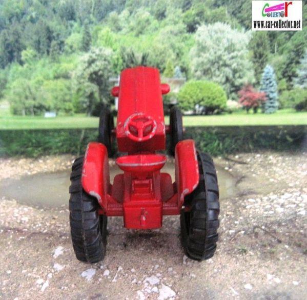 tracteur mc cormick b250 matchbox series king size